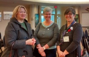 Kathy Dobson (left) in conversation with Elaine Power (right) and another attendee at the Hunger to Health event in Ottawa